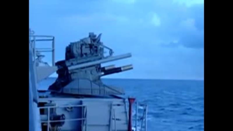 Стрельба Каштана арт. ракета в воздухе