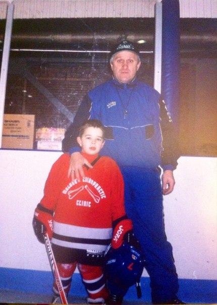 Отец и сын Шиксатдаровы в начале хоккейного пути