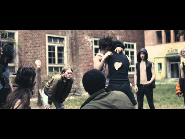Caspa War ft Keith Flint