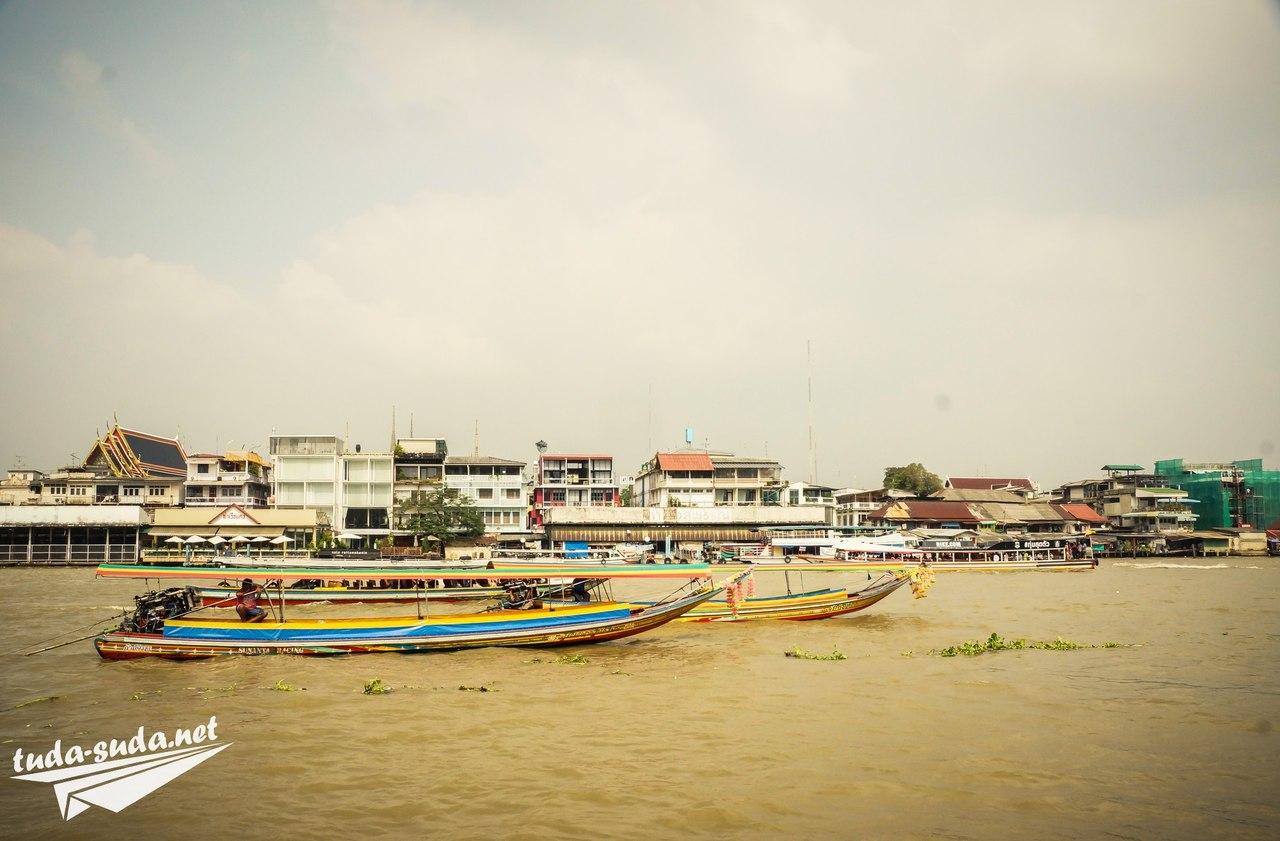 Лодки в Банкгоке