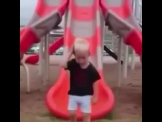 Спорим засмеешься .отличная смешная подборка видео с детьми.
