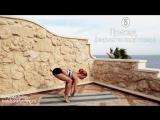 Йога дома - Утренний комплекс для стройности и красоты - Йога для начинающих [720p]