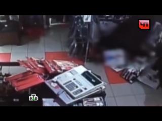 Зверское убийство продавщицы секс шопа попало в объектив камеры видеонаблюдения