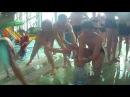 Студенты отдыхают в аквапарке АТОЛЛ