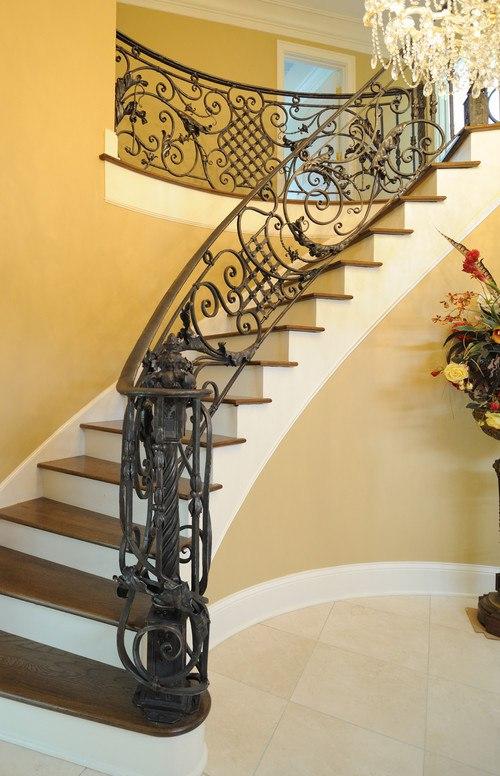 Лестница в стиле ар-деко