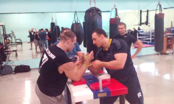 Denis Cyplenkov vs. Alexey Voevoda 2015 - Armwrestling Training    / Sparring │ Photo Source: OFFICIAL GROUP DENIS Tsyplenkova!