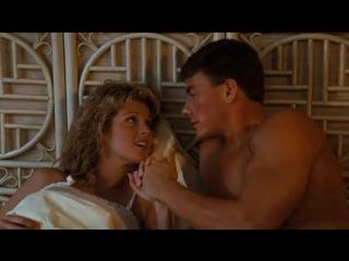 Кровавый спорт (1988) супер фильм__________________________________________________________________ Ночь в музее 2 2009