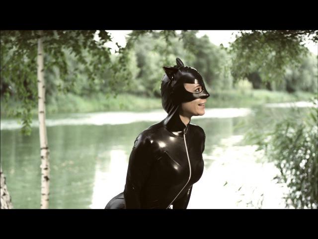 Супергерои. Три мушкетера. Женщина-кошка.