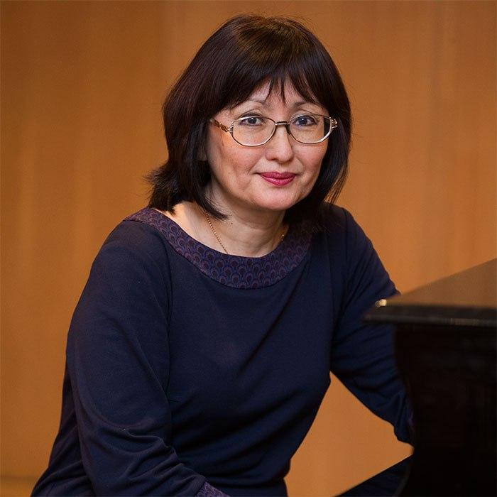 Дамбинова Светлана Борисовна