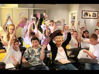 Королева Елизавета II в школе Английский XXI века