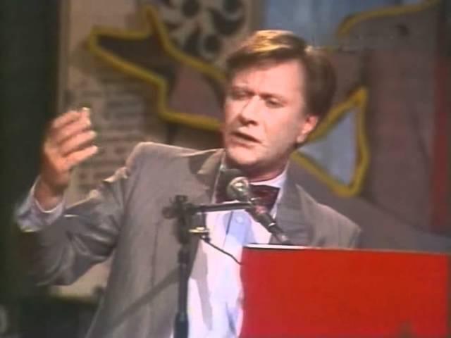 Андрей Миронов в передаче Вокруг смеха (1986) » Freewka.com - Смотреть онлайн в хорощем качестве