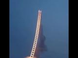 Лестница в небо из фейерверка