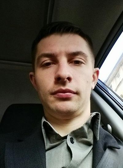 Антон Козуляев