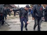 Сельский танцор диско - [Веселые Кавказцы]