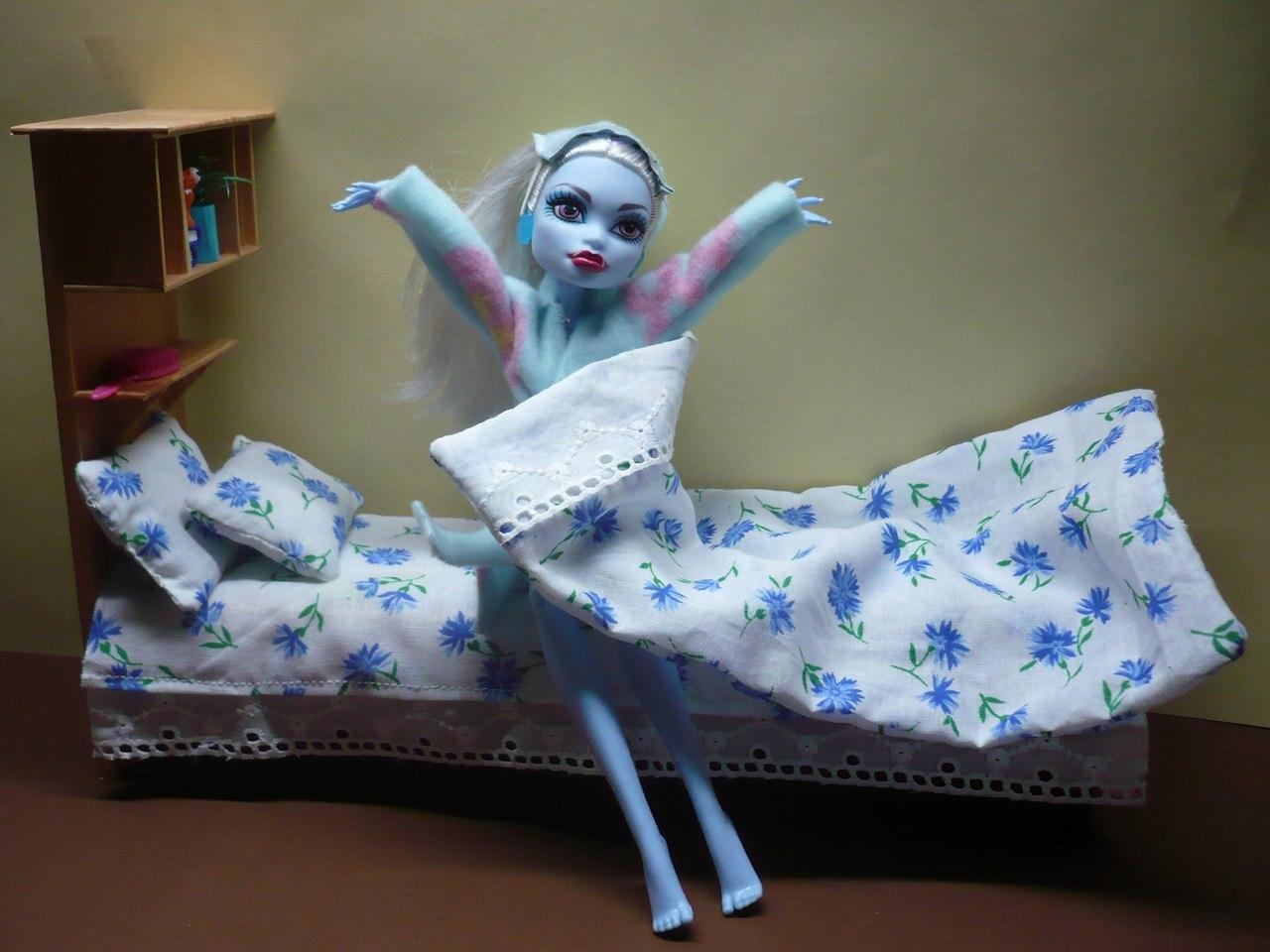 Как сделать своими руками кровать для кукол монстер хай из картона 5