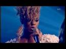 Rihanna - Russian Roulette Live SKaVLaN 2010