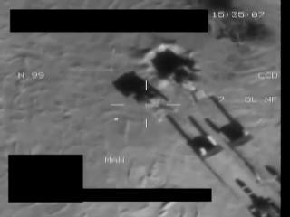 Ливия апрель 2011.Уничтожение двух танков сил Каддафи самолетом  «Торнадо» IDS ВВС Велокобритании