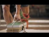 7 выпуск. Упражнения для спины, тяга пачки книг к поясу.  Домашние тренировки с Денисом Семенихиным
