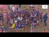 Xavi & FC Barcelona champion La Liga celebration 2015