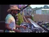 Kolombo ft Plastic Bertrand-Stop Ou Encore(DJ Le Roi Remix)played by Cajmere