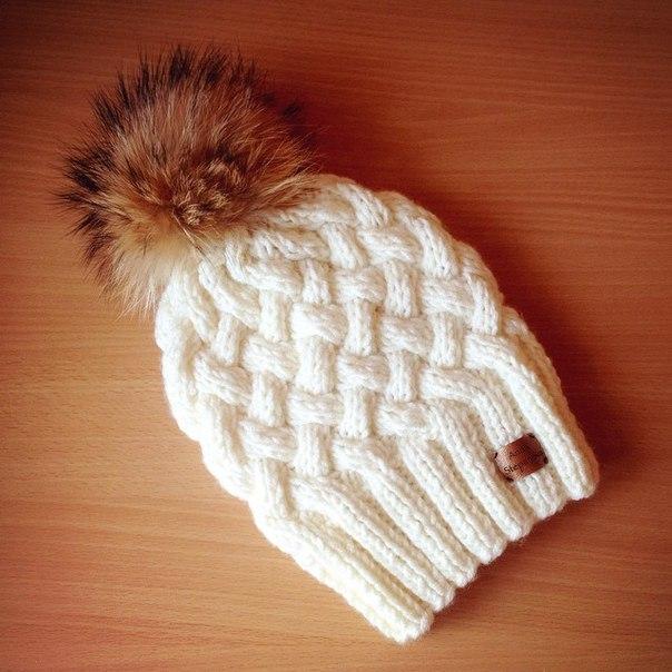 Зимняя шапочка с узором «