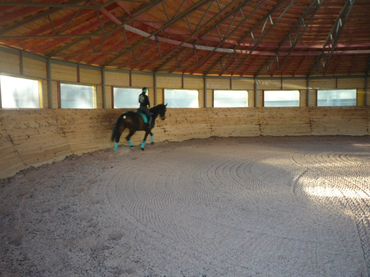 Бочка для лошадей