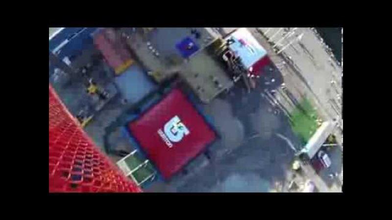 Прыжки с 50 метровой высоты на подушку