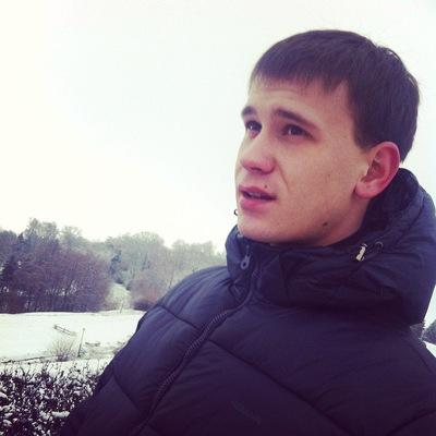 Антон Наумов