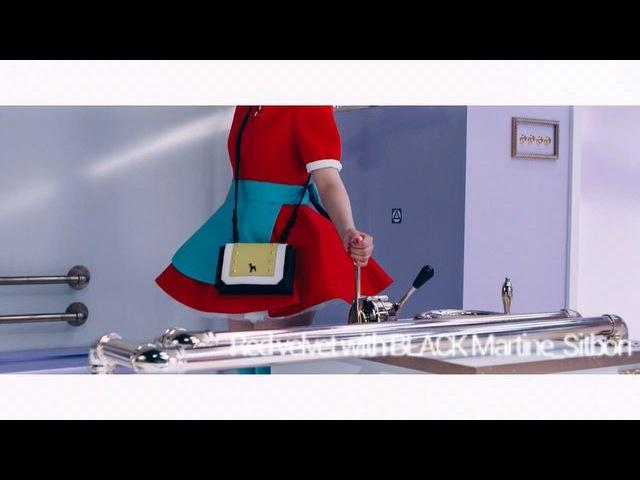 """블랙마틴싯봉 BLACK Martine Sitbon on Instagram: """"Red Velvet with BLACK Martine_Sitbon👯👯. - Dumb Dumb Music Vedeo❤️💛🎶🎼🎤~~. - blackmartinesitbon bag toteba"""