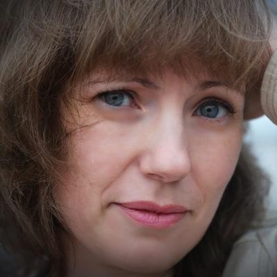 Анна Карлова