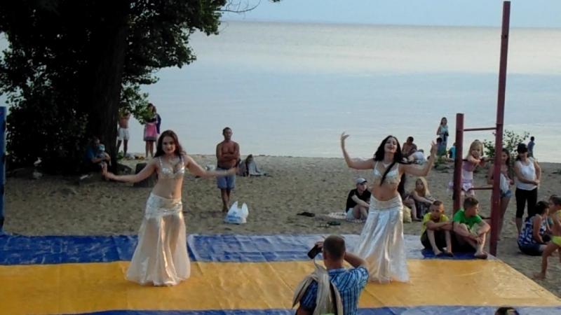 Belly dance. Myschenko Alexandra and Litovchenko Julia