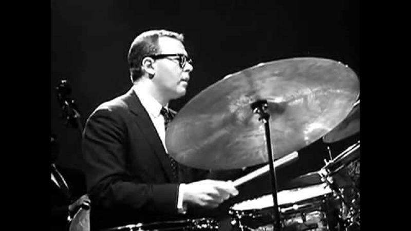 Dave Brubeck Quartet - Take Five (1964)