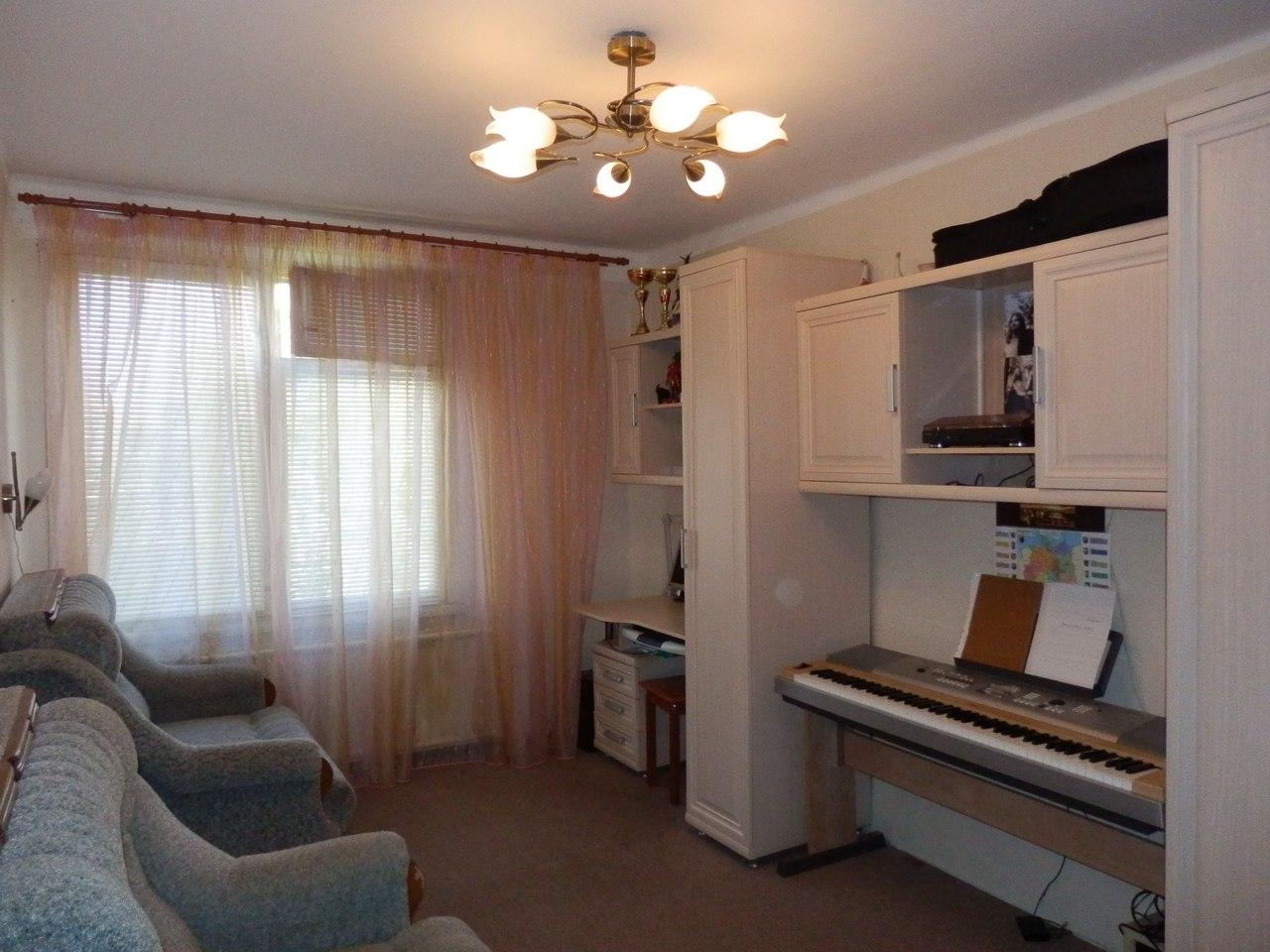 Продается уютная 2 ком. квартира в зеленом и чистом районе Колпино SAluzok_aO4