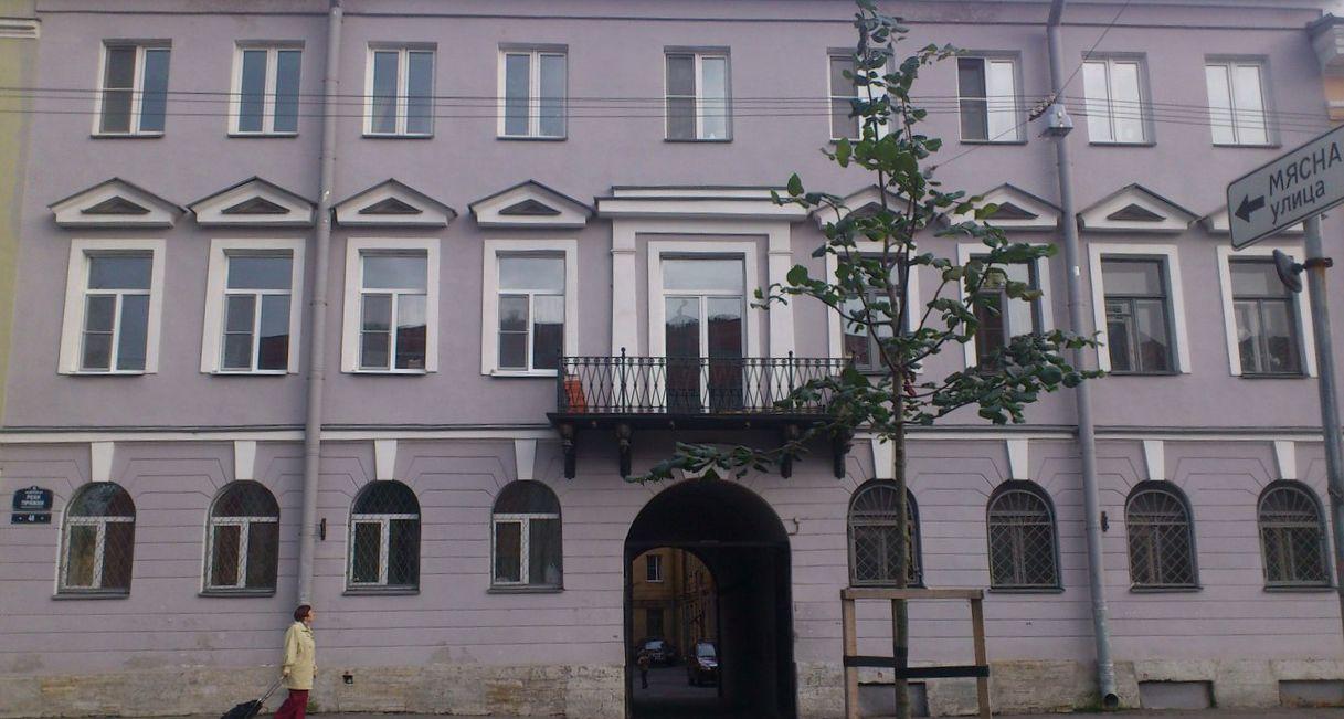 Продается 2 комнатная квартира в историческом центре Петербурга TGngQ8EBoLI