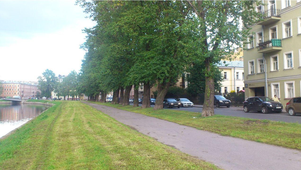 Продается 2 комнатная квартира в историческом центре Петербурга L9fVoxjErcs