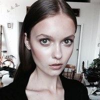 Anna Sakharova - xcX7y8LtIxQ