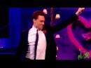 Том жарко танцует ,Аахахаха