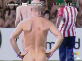 50000 naked spectators and 22 nude players: which country? - vidéo Dailymotion