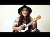 Милая девушка, круто спела под гитару.