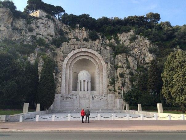 Монумент жертвам первой мировой войны. Ницца
