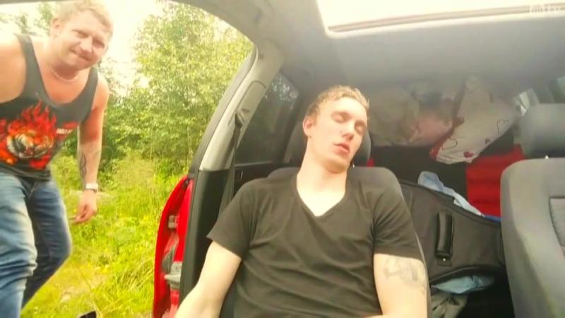 Когда ты спишь, а друг ...ИДИОТ!