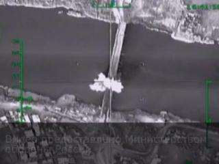 Российские пилоты разбомбили мосты через Евфрат