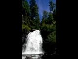 Водопад на Телецком озере