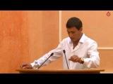 Олег Марков выступает на сессиии горсовета. Олег Марков обрушился с критикой на евромайдановцев, которые, по его мнению, под видом патриотизма и революционной необходимости заниматься откровенным рэкетом и бандитизмом.