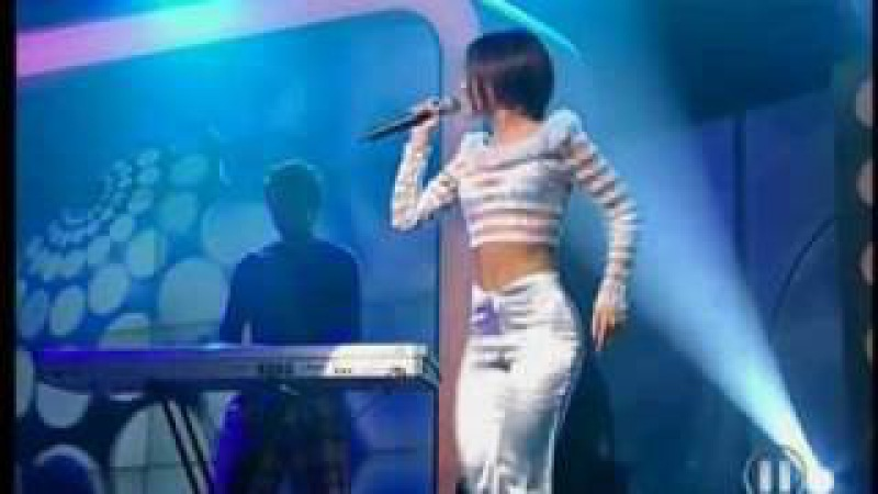 Alizée L'Alize Live 2002 03 02 The Dome 21 MTV2