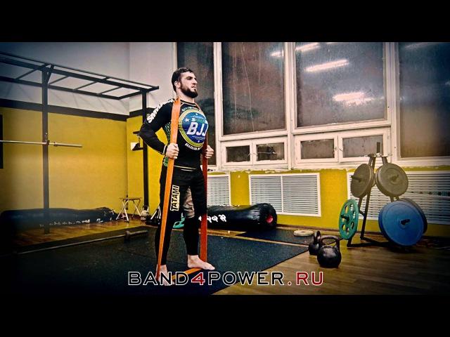 MMA. Тренировка с петлями в смешанных единоборствах