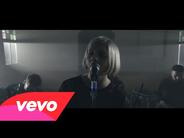 AURORA - Running With The Wolves (Live Session)