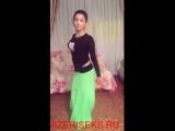 Azeri_qizi_mohtesem_reqsi_gotun_oynadir_(new)