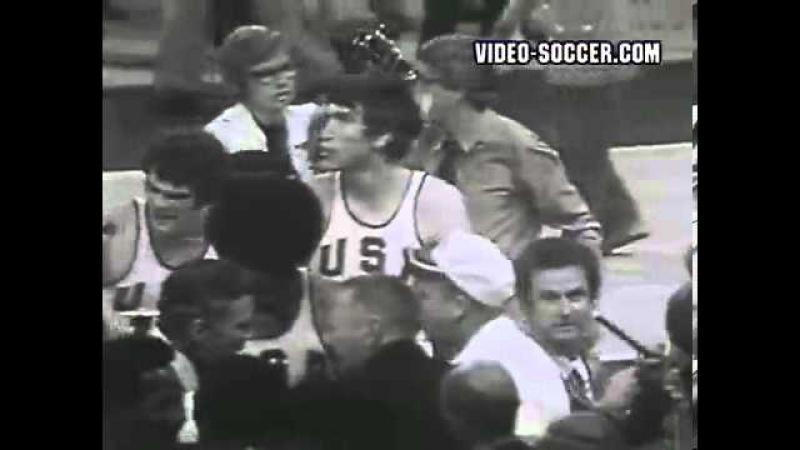 Финальный матч между сборными СССР и США по баскетболу на Олимпиаде в Мюнхене. 1972 год