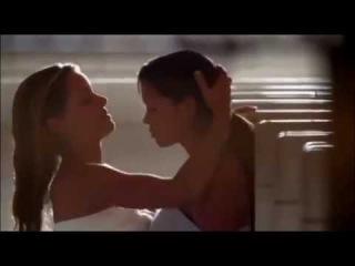 Girl kissed, lesbians,голые девочки целуются